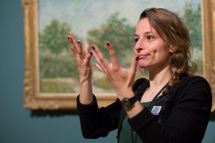 Fotoreportage Van Gogh Museum rondleiding met doventolk gebarentaal