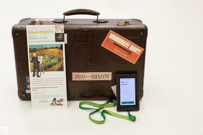 Fotoreportage Van Gogh Museum Amsterdam koffer speurtocht