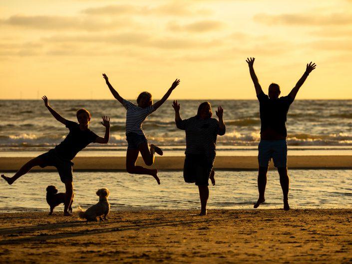 Fotoshoot op het strand van Egmond aan Zee
