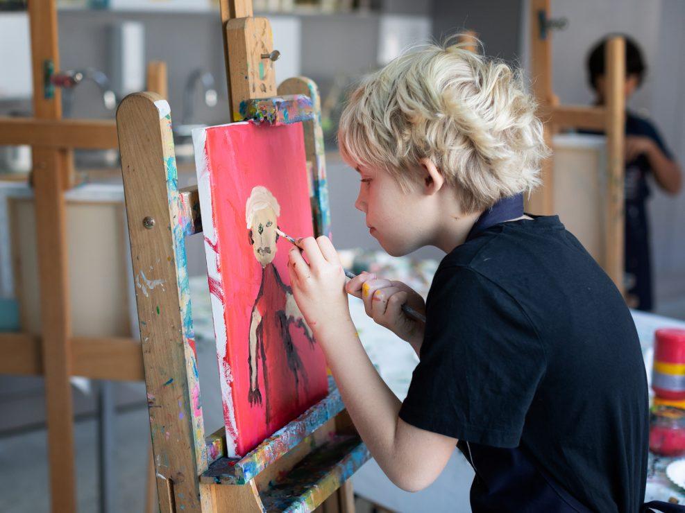 schilderen kind kinderfotograaf lelystad vangogh museum activiteiten verjaardagsfeestje zelfportret