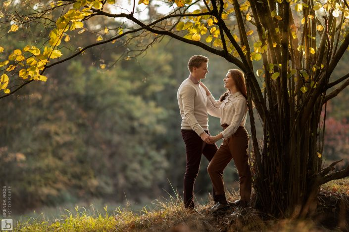 Loveshoot fotograaf | Fotograaf Lelystad & Veluwe | Familie | Fotoshoot Leuvenumse bossen