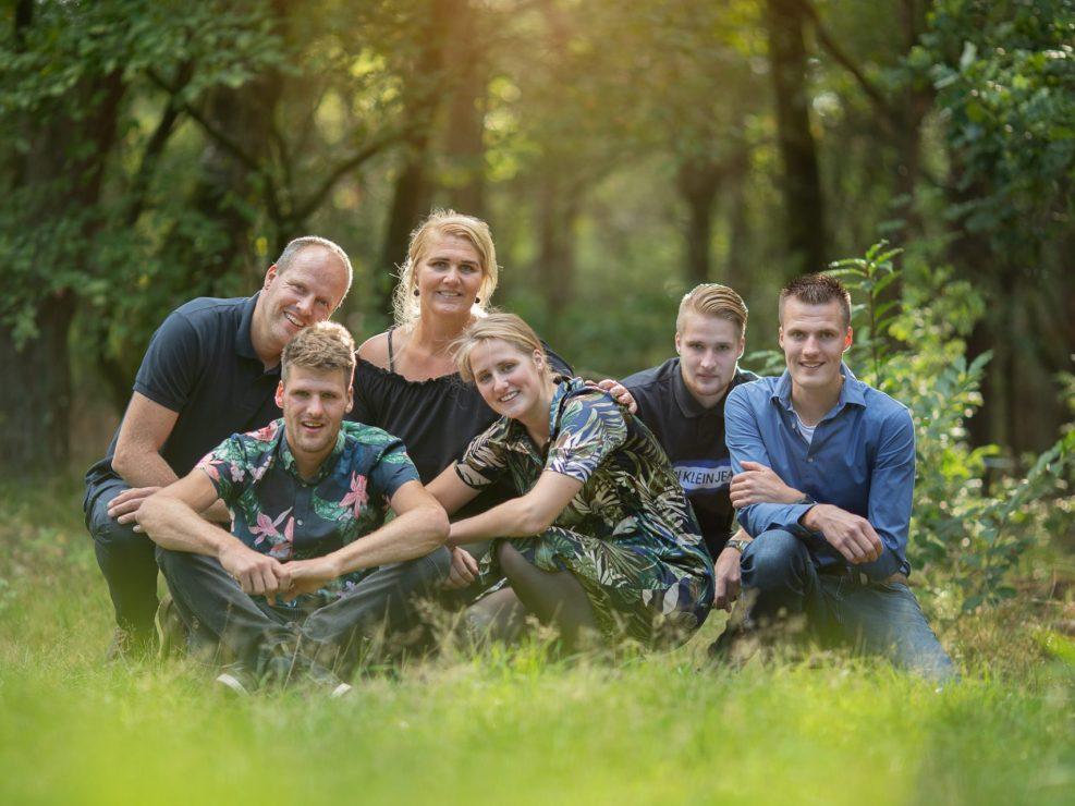 Veluwe familie fotoshoot heide en bos gouden uur fotograaf Almere