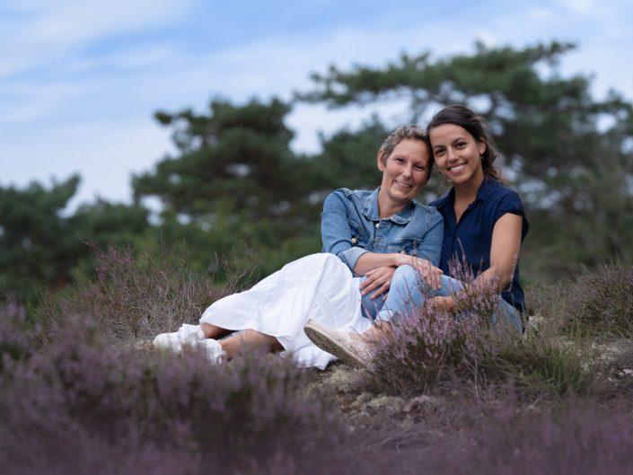 fotograaf familie fotoshoot paarse heide zoom Doornspijk Veluwe